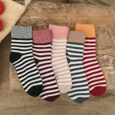 Striped wool crew socks for women
